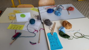 Stand tricot